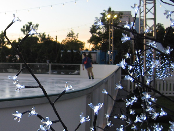 Lights, fun and good cheer await visitors to Holiday by the Bay!