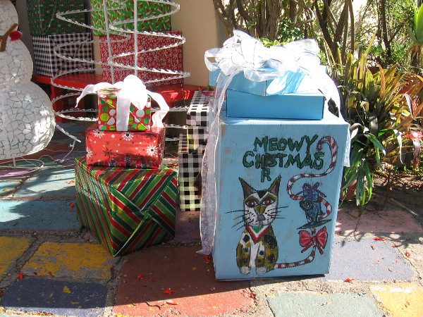 All sorts of fun holiday stuff can be found in Balboa Park's Spanish Village Art Center. Seems it's going to be a Meowy Christmas!