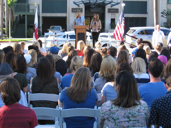 Rachel Thompson of the Junior League San Diego introduces District Attorney Summer Stephan during the Fifth Annual Human Trafficking Awareness Rally.