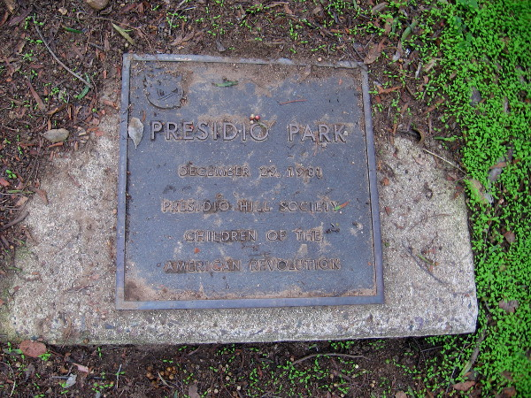 A plaque behind The Padre sculpture, placed on December 29, 1981 by the Presidio Hill Society Children of the American Revolution.