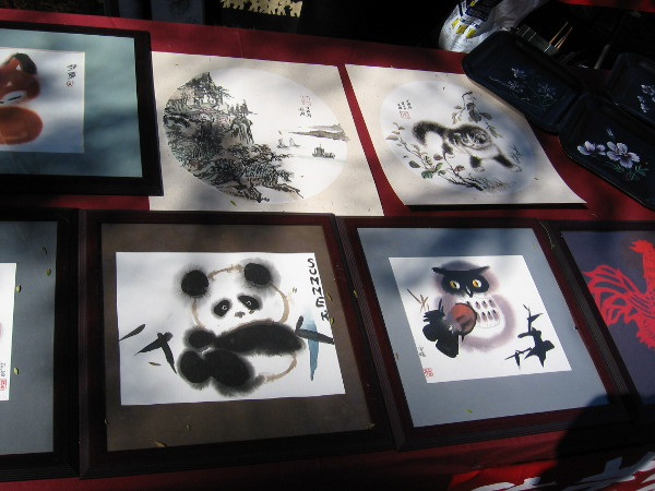 Some beautiful Chinese brush art and ink drawings were being displayed by friendly local artists.