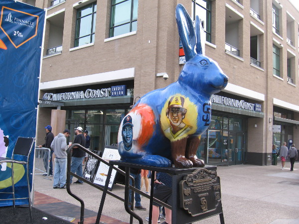 A Rabbitville bunny on display at the 2018 Padres Opening Weekend Block Party is painted with images of Tony Gwynn and Randy Jones!