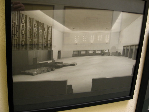 Photo of the sanctuary in the 1950's. Perhaps at the time this was considered tasteful, but today it seems very drab.