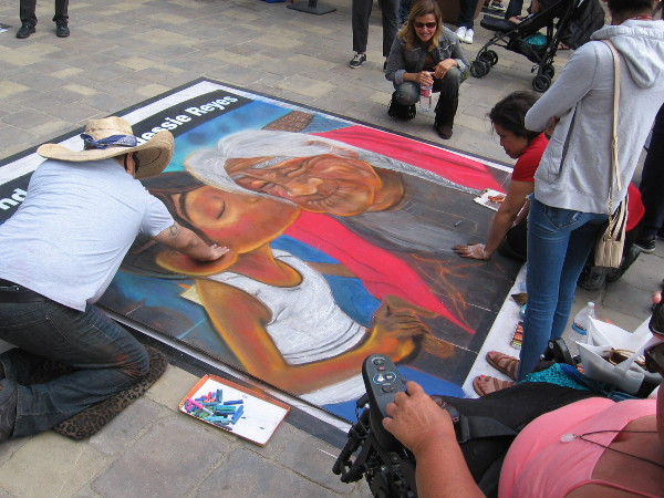 Half a dozen beautiful works of chalk art could be seen in Piazza della Famiglia at the 2018 Mission Federal ArtWalk!