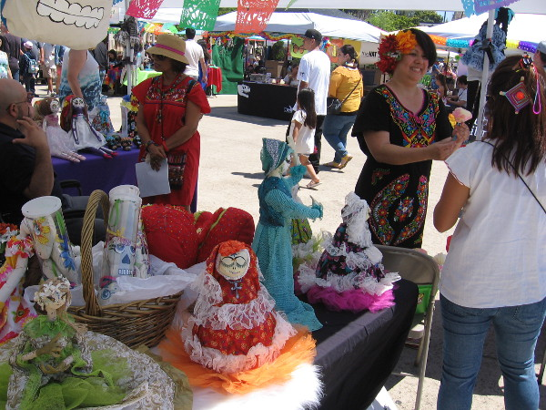 Many traditional Mexican costumes, crafts and entertaining activities filled the Plaza de Panama.