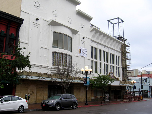 The large Reading Cinemas building on Fifth Avenue is being renovated. Once reopened, the interior will be radically altered.