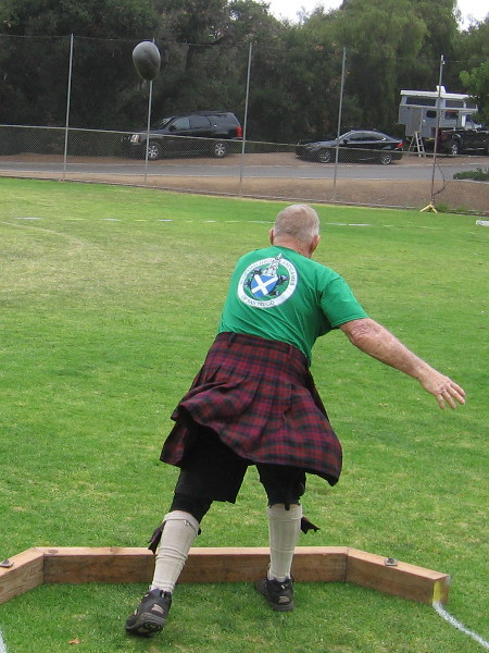 World Champion and multiple record holder Vern Alexander lets fly! Many champions are participating in the 2018 San Diego Scottish Highland Games!