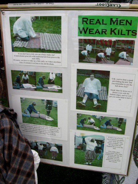 Real men wear kilts! Instructions show how you can make your own Scottish style Great Kilt.