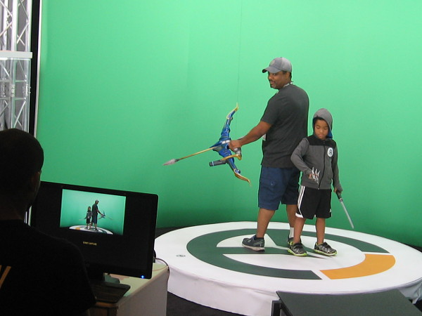 Visitors to the Future Tech Live! exhibition at 2018 San Diego Comic-Con have fun making a cool 3-D video courtesy of the Overwatch Payload Tour.