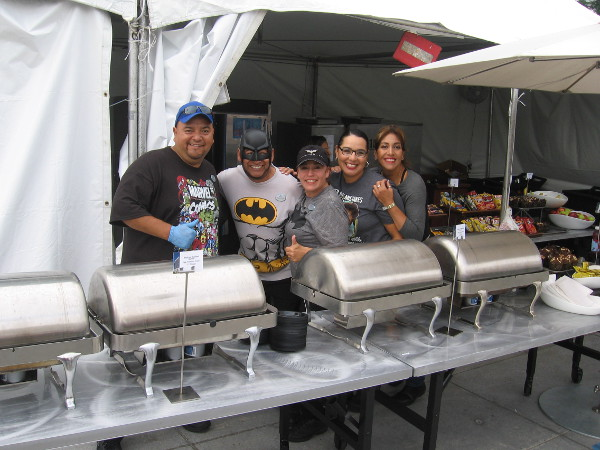 When these guys weren't serving breakfast to hungry fans near the Hilton Bayfront, they were posing for silly bloggers.