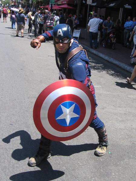 I see Cap has his shield back. Now he's gotta go find Thanos.