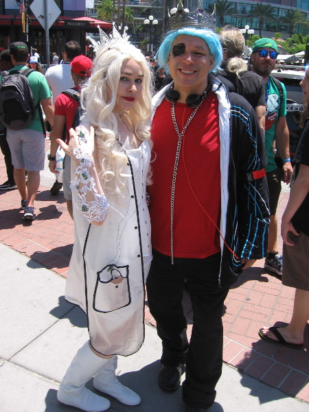 Cosplay from Cyberpunk Galaxy Wonderland! Whatever that is!