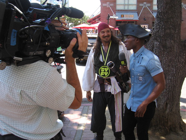 The Syfy Wire interviews a Jack Sparrow-like pirate in the Gaslamp during 2018 Comic-Con.