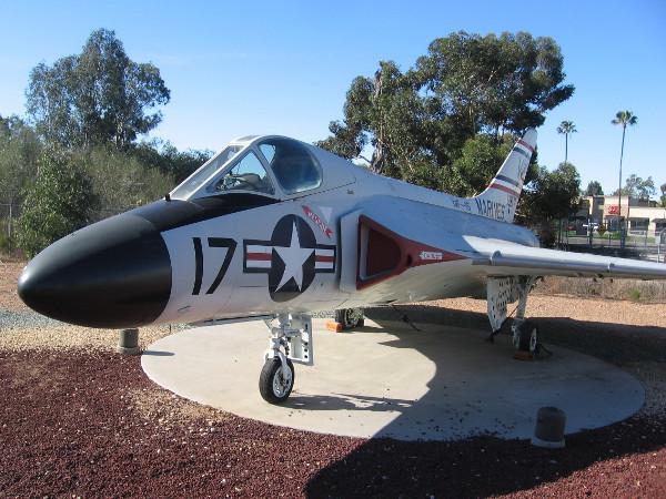 Douglas F4D-1 (F-6A) Skyray.