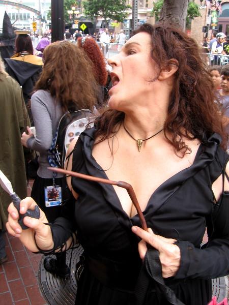 Bellatrix Lestrange cosplay.