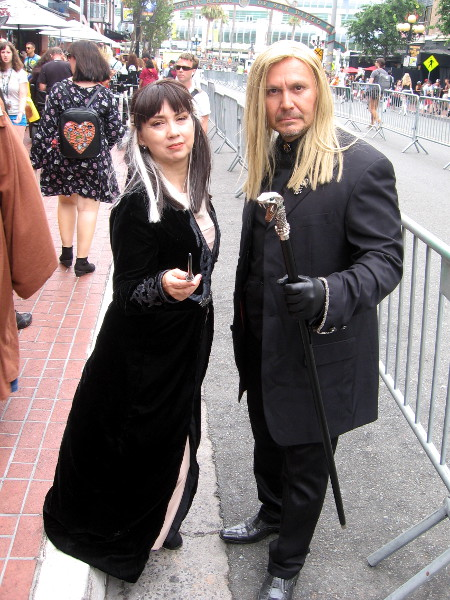 Narcissa and Lucius Malfoy cosplay.