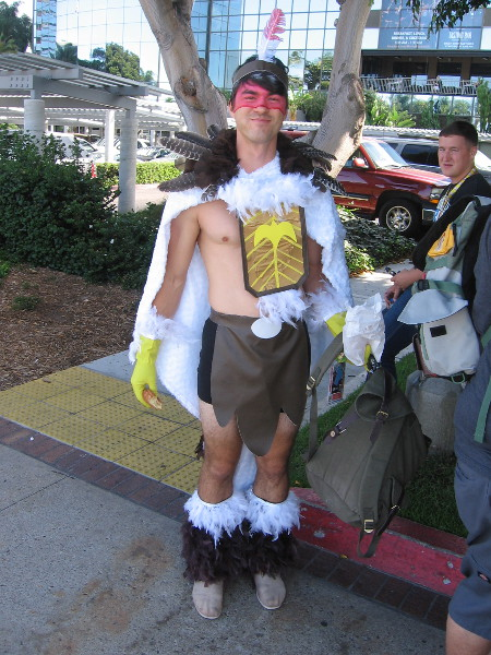 I was told this cosplay is Bird Person.