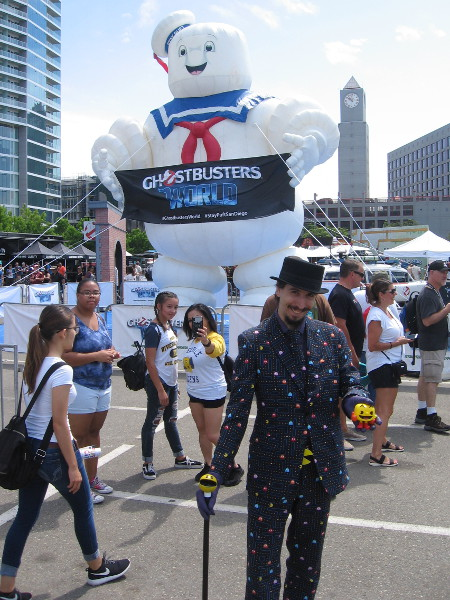 I spotted Pac-Gentleman again, near Stay Puft Marshmallow Man. That seems a lot of marshmallow for a gentleman to waka-waka-waka gobble all at once.