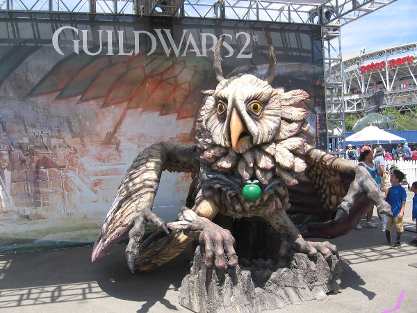 A huge cool sculpture at the Guild Wars 2 activation.