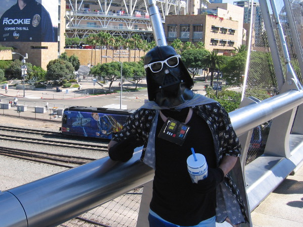 They never showed it in the Star Wars movies, but Darth Vader likes to wear sunglasses.