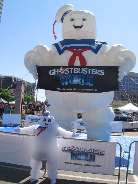 Stay Puft has a Mini-Marshmallow-Me!
