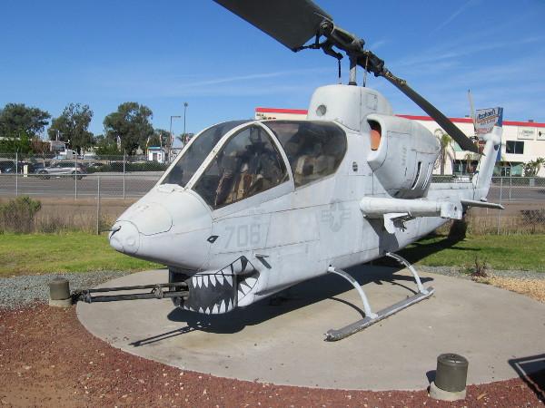 Bell AH-1J SeaCobra.