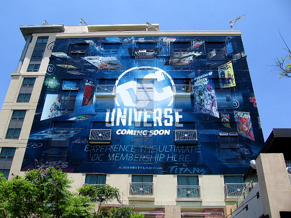 The prominent DC Universe wrap is wrapped up!