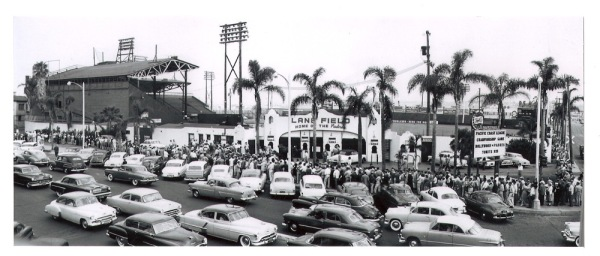 Panoramic view of Lane Field includes long ticket line for 1954 PCL Championship game with Hollywood Stars (Padres won, 7-2). Photo by Ray Hacecky, Sr.