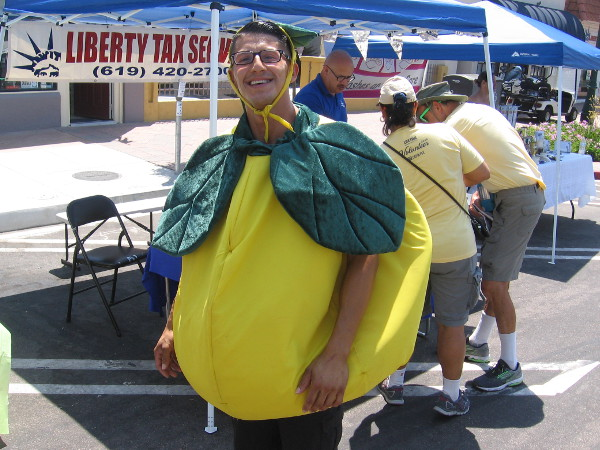 A giant smiling lemon greets me at the 22nd Annual Lemon Festival in Chula Vista!