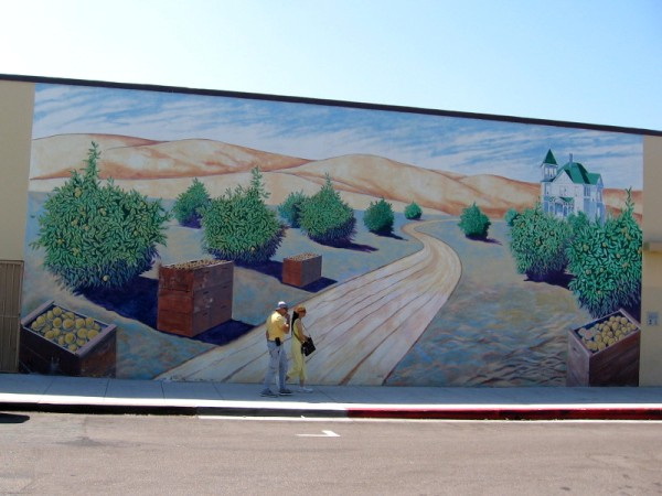Mural in Chula Vista titled Lemon Capitol of the World, 1900-1945. By local artist Bob Teague, 2003.