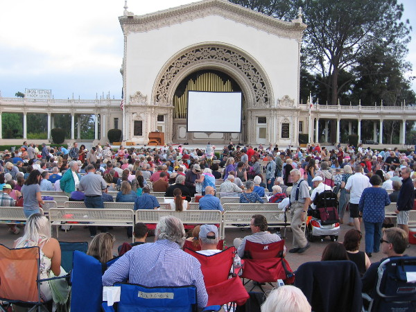 When I returned, the crowd had grown! Every year Silent Movie Night draws about 3000 people.