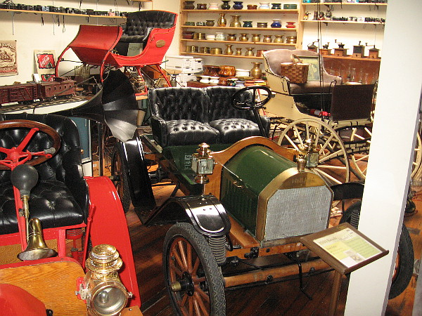1910 Brush Model D, just one of many amazing old automobiles exhibited inside the J. A. Cooley Museum in San Diego.