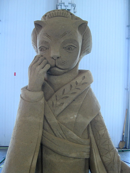 Closer photo of a remarkable sand sculpture.