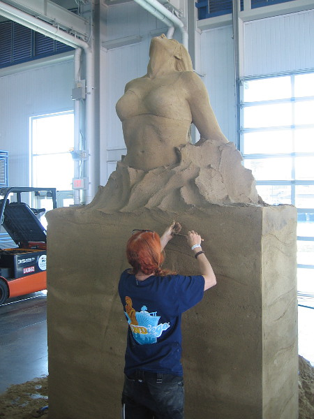 Inspire, a beautiful sand sculpture by World Master Marielle Heessels from Netherlands.