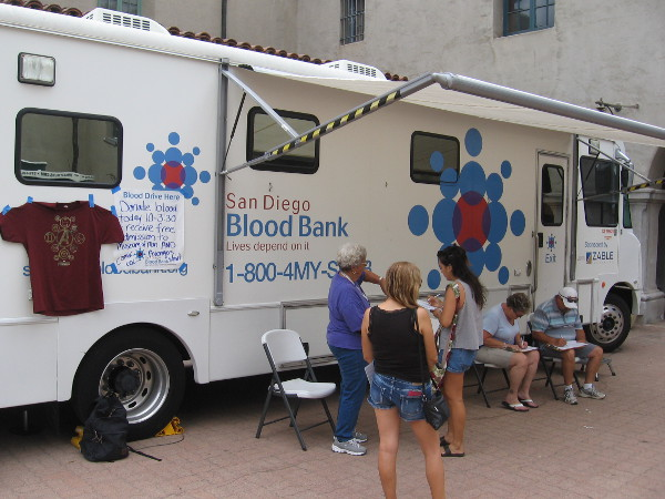 The San Diego Blood Bank was saving lives in front of the Museum of Man.
