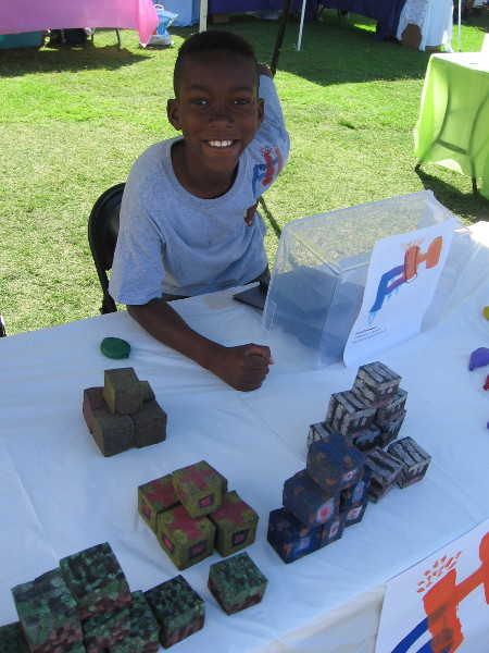 This guy made some super cool Minecraft cubes! He painted some spongelike material to look like Minecraft blocks.