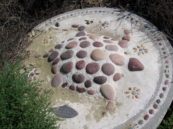 I see a mosaic turtle!