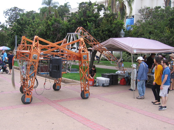 Russell the Electric Giraffe is back for another Maker Faire San Diego!