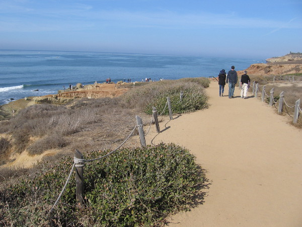 As we head down the dirt path, the tide pool overlook comes into view.
