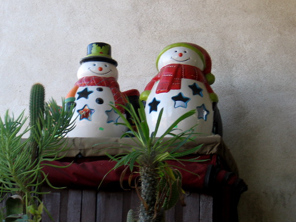 Looks like Frosty the Snowman has a friend outside the Specialty Shops of Old Town Market.