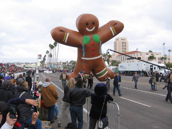That's one gigantic, happy Gingerbread Man! (Any relation to the Stay Puft Marshmallow Man?)