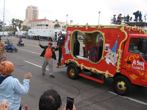Here come some Al Bahr Clowns.