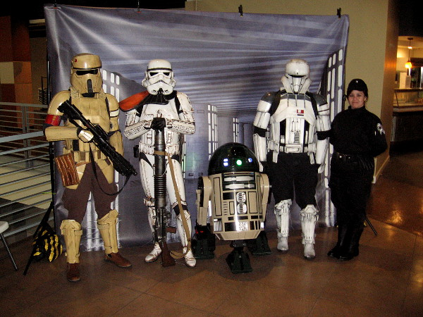 Members of the Imperial Sands Garrison of the 501st Legion pose for a cool Star Wars pic at the future Comic-Con Museum!