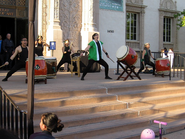 I arrived just in time to catch an amazing, super energetic drumming performance by Naruwan Taiko of San Diego.