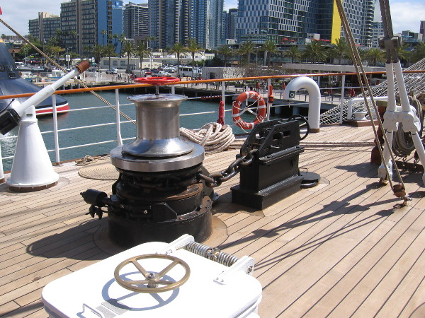 An anchor chain, winch and other equipment on the deck near BAP Unión's bow.
