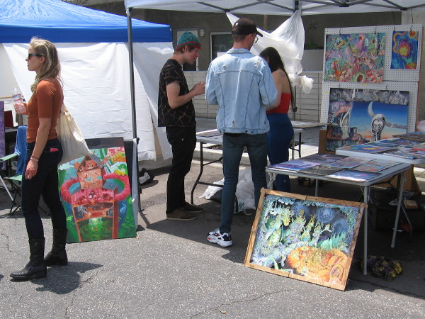 The Gallery in the Street featured lots of artwork for sale, plus artists working live on amazing pieces.