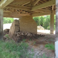 Photos of the historic El Cuervo adobe ruins.