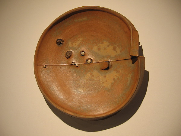 Plate, 1979, stoneware, porcelain. Peter Voulkos, who was drawn to the Zen notion of looseness of form and unpredictability.