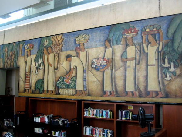 El Dia del Mercado, Alfredo Ramos Martínez, 1938. Fresco originally located at the La Avenida Café, now behind the front desk of the Coronado Library.