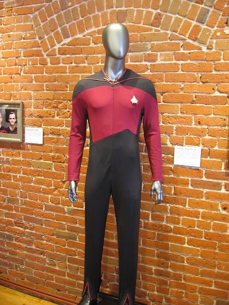 Starfleet Officer's Service Uniform, 2364.
